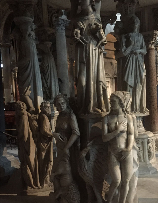 Florence-Italy-Statues-Zoltun.jpg